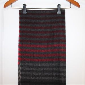 Express gray/red striped scarf